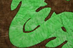 60センチ角、ハワイアンキルト、ムラ染め、タペストリー、手縫い、色合い、アイリスレイ、パスフルグリーン、ダークブラウン