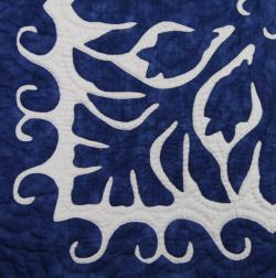 60センチ角、ハワイアンキルト、ムラ染め、タペストリー、手縫い、色合い、フィッシュインコーラル、ブルー、ホワイト