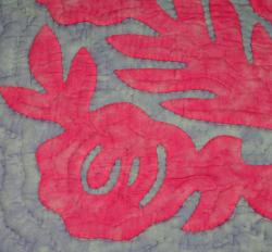 60センチ角、ハワイアンキルト、ムラ染め、タペストリー、手縫い、色合い、ロケラニ、パステルピンク、パープル